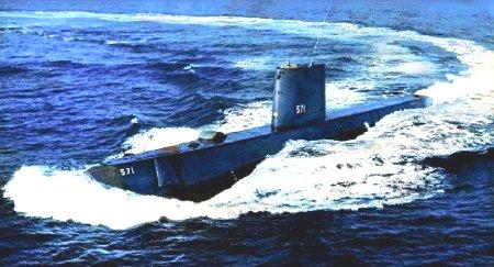 Первая американская атомная подводная лодка Наутилус
