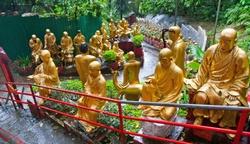 monastyr desyati tysyach budd